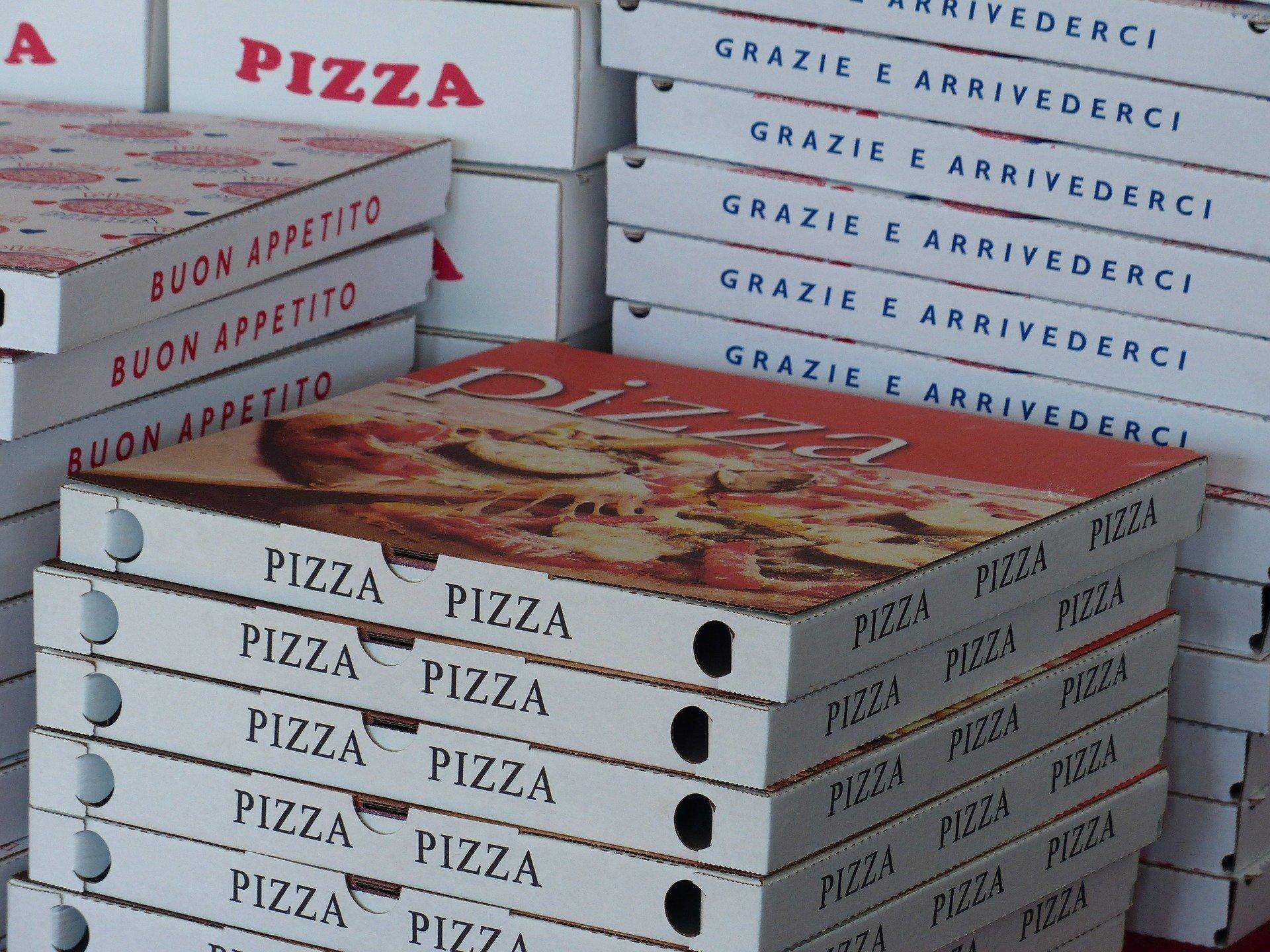 cartoni pizza cibo asporto